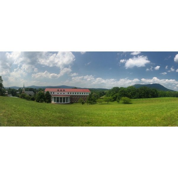 It's beautiful here. I love Maine for its coast and woodlands, but I love Virginia for its rolling hills and mountains. #hollins #hollinssummer2015 #myhollins #childrensbooks #mfa