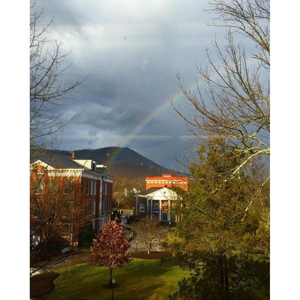 Rainbow over Tinker Mountain #myhollins #tinkermountain #roanokeva