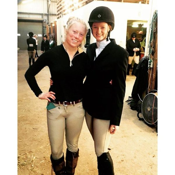 We've got that mini show madness #hollins #myhollins #horseshow #weareback #bestfriend #roomielove  #shekilledit  Photo credits: Eron Harrover