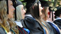 Hollins Celebrates 174th Commencement May 22