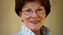 Hollins President Nancy Gray to Retire in 2017