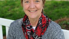 Hollins Professor Cited for Exemplary Teaching in Mathematics