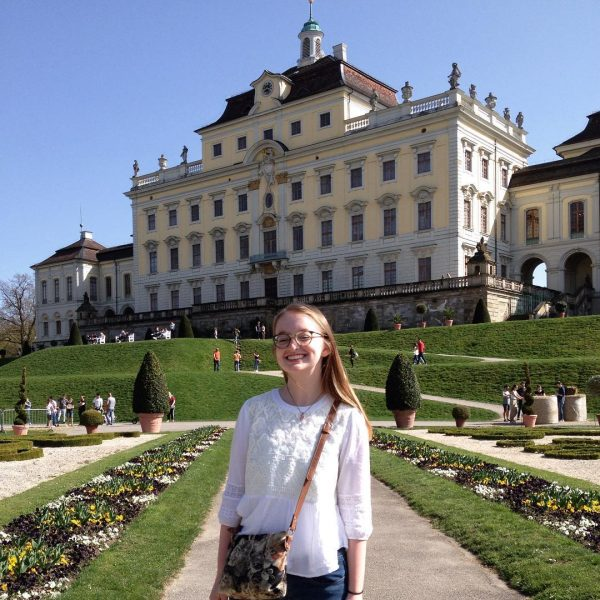 Photo of student in front of Ludwigsburg Palace