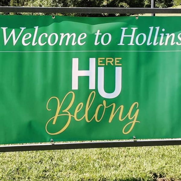 Photo of welcome sign for new students