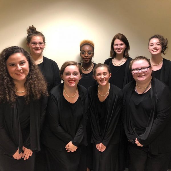 Photo of students in Hollins choirs