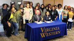 Hollins, Virginia Western Announce Guaranteed Admission Agreements